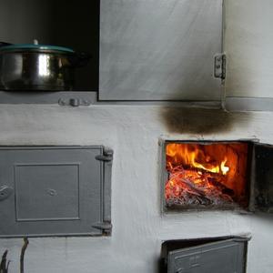 Очень тёплое словечко - дорогая моя печка