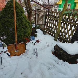 Дворники есть, а снег не убирают!