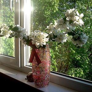 А за окном опять весна!