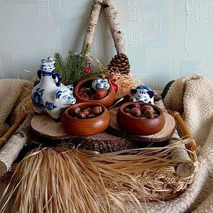 Символов китайского Нового года нашла аж целую семейку, а древнеславянского нет пока...