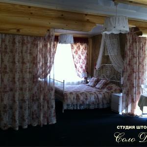 Вариант оформления спальной зоны в комнате