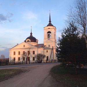 Сельский храм