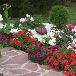 Яшма и цветы