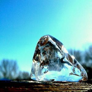 Ледяной хрусталик