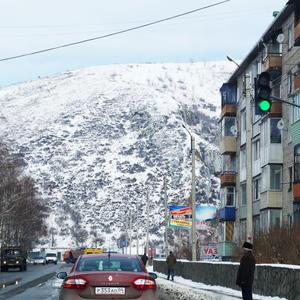 Заперт со всех сторон горами Горно-Алтайск - столица республики Алтай