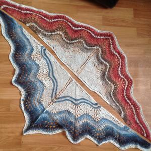 Бактус-шейный платок