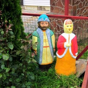 Боярин с боярышней на прогулке