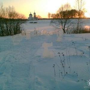 Фигурки из льда