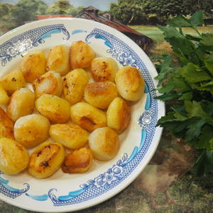 Молоденькая картошечка