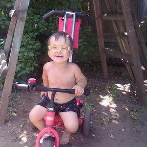 Юный велосипедист