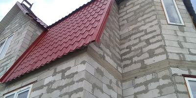 Каким утеплителем и какой толщины утеплить пеноблочный дом?
