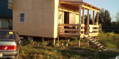 Как покрасить домик из OSB-плит на большой высоте без лестниц?