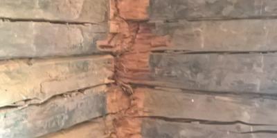 Подскажите, как восстановить старый дом?