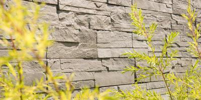 Облицовка из искусственного камня: ее плюсы и минусы