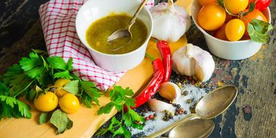 Два способа приготовить соус ткемали - один лучше другого