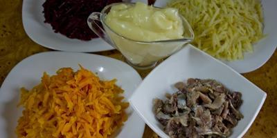 Кулинарный мастер-класс: селедка под шубой по-новому