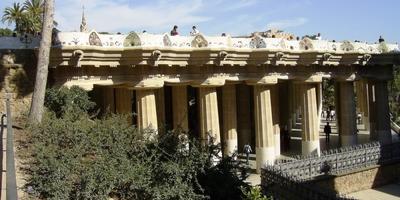 Парк Гуэль в Барселоне (Испания)