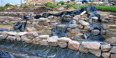 Необходимо и достаточно, или Как не ошибиться при выборе материалов для создания водоема