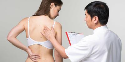 Как ставит диагноз китайский врач