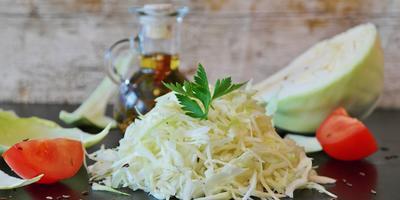 Календарь здоровья: капустный сок от простуды и бронхита