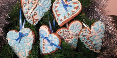 Расписное новогоднее имбирное печенье