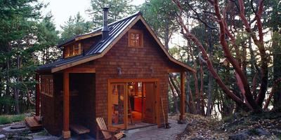 Американский стиль крафтсмэн — идеальный вариант для домика в лесу