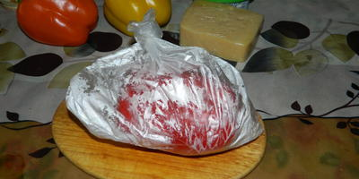 Рулетики из печеного перца с творожно-сырным кремом
