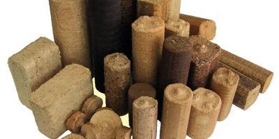Что лучше - дрова или топливные брикеты?