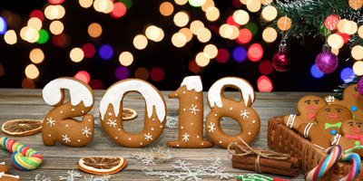 С новым Годом, дорогие наши семидачники! Поднимаем бокалы за вас и наше родное Семидачье! Чей тост следующий?