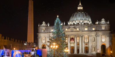 Два Рождества: традиции, декор и праздничное меню