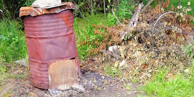 Безопасное сжигание мусора на даче: виды приспособлений