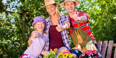 10 товаров для отдыха в саду с распродажи в ОБИ