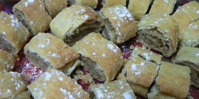 Барурик - армянский рулет с грецким орехом