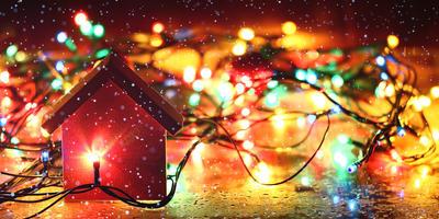 Новогодние гирлянды для дома и сада