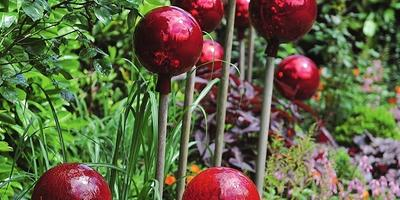 Как оформить сад по правилам композиции