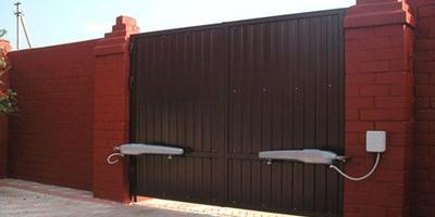 Как выбрать автоматические ворота для дачи