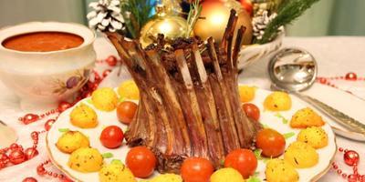 Мясо, мясо, мясо: чем кормить Собаку в Новый год