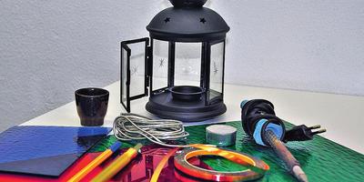 Новогодний фонарик с витражными стеклами: мастер-класс