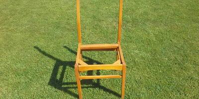 Новая жизнь стульев с мусорки