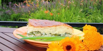 Пирог с рыбой и зеленью
