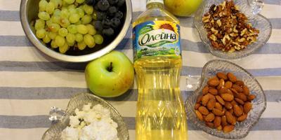 Яблочно-виноградный салат