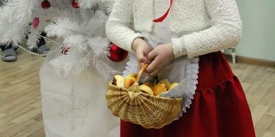 Костюм Красной Шапочки на 6-7 лет