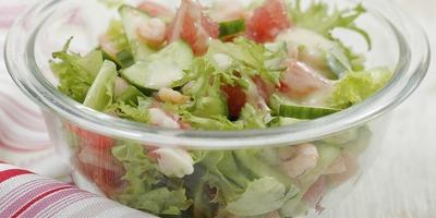 Мастер-класс «Салат с грейпфрутом, креветками и огурцом»