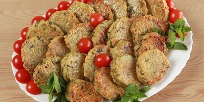Котлеты из булгура и чечевицы: простое постное блюдо