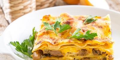 Лазанья с белыми грибами - рецепт, которым придется делиться