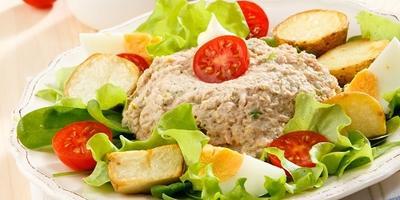 """""""Нисуаз"""" с тунцом: готовим знаменитый французский салат"""