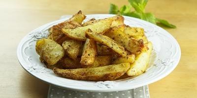 Картофель с ароматной хрустящей корочкой в духовке - пальчики оближешь