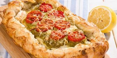 Рыбный пирог с пастой из оливок - идеальное сочетание вкусов