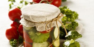 Закатываем овощное ассорти: 4 бесподобных рецепта