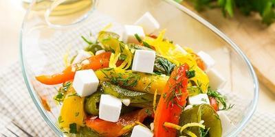 Салат из печеного сладкого перца. Вкусно, красиво и мало калорий